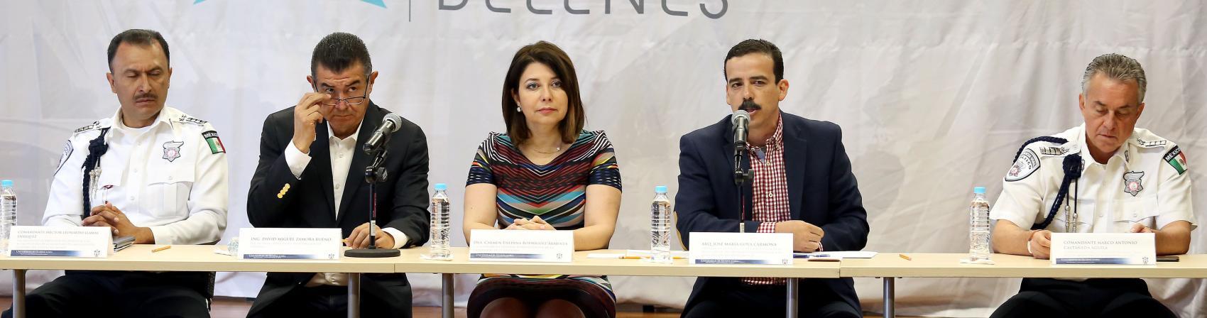 José María Goya Carmona director general de Proyectos de Secretaría de Infraestructura y Obra Pública haciendo uso de la palabra